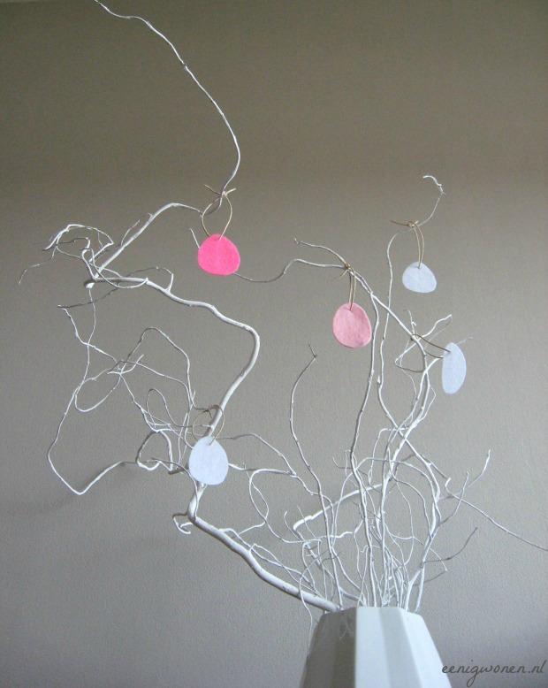 paastak-simpel-vilten-hangers