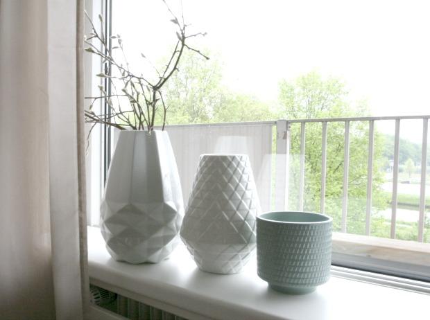 Vazen vensterbank eenig wonen for Decoratie vensterbank woonkamer