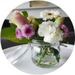 7 ideeën voor bloemen in huis zonder vaas